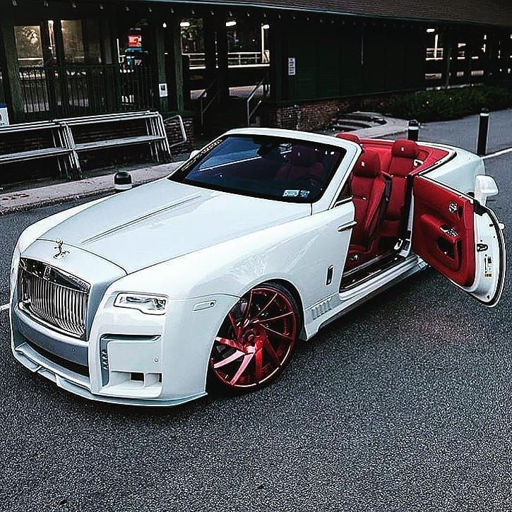 Rolls Royce White And Red Rollsroyce Exoticcars Exclusive Superautos Supercars Luxury Lujo In 2020 Luxury Cars Rolls Royce Top Luxury Cars Best Luxury Cars