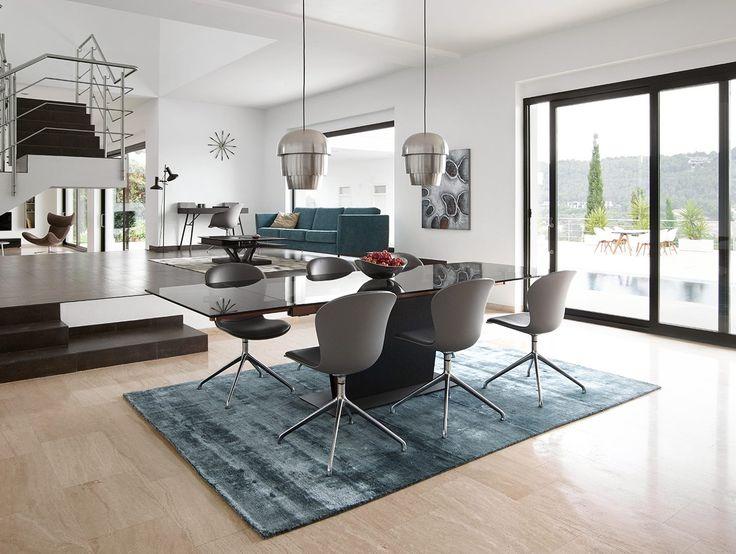 #tuesdaytip Grijs + wit + eikenhout = een mooie modern woonkamer!