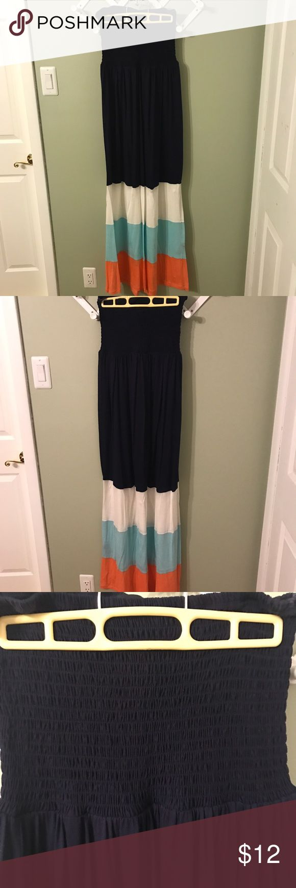 1X Strapless Maxi Dress 1X Strapless Maxi Dress from Forever 21. Excellent used condition. Great for summer coming up! Forever 21 Dresses Maxi