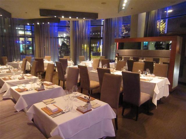 Laurie Raphael Restaurant - 117 rue Dalhousie, Quebec City
