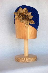 Turbante azul con flores y hojas doradas Luisa Gala