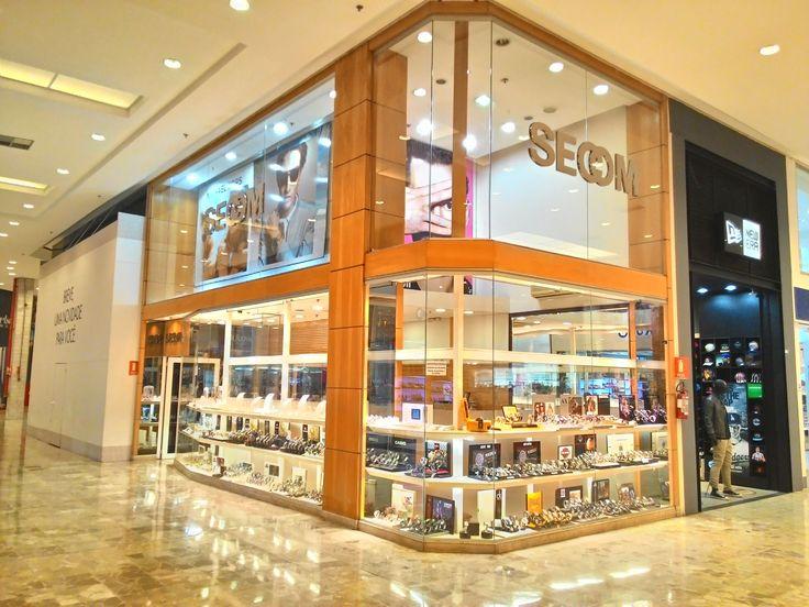 Secom Relógios - Loja Shopping Center Norte - Travessa Casalbuono,120 - loja: 948 - Vila Guilherme - São Paulo - SP CEP: 02047-050 CNPJ : 06.135.144/0001-31 e possui 2 telefones para contato (11) 2221-1713 e (11) 2221-7063