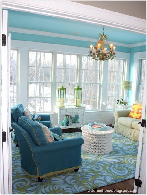 Pretty room~Vivid Hue Home: House Tour: Sun Room - Company C Rug