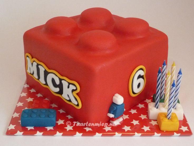 Lego-taart (made by Taartenmiep).