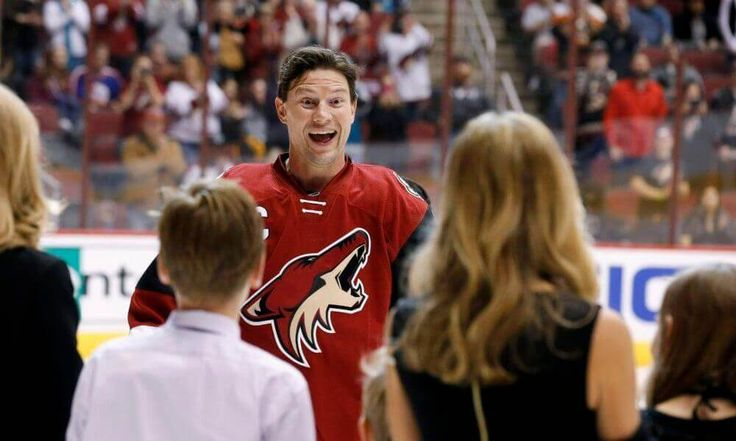 Natural Hat Trick | Shane Doan talks life after NHL and more = Craig Morgan, Jaime Eisner and Luke Lapinski chat with Shane Doan about what he's doing now, playing rec league hockey, NFL teams he has.....