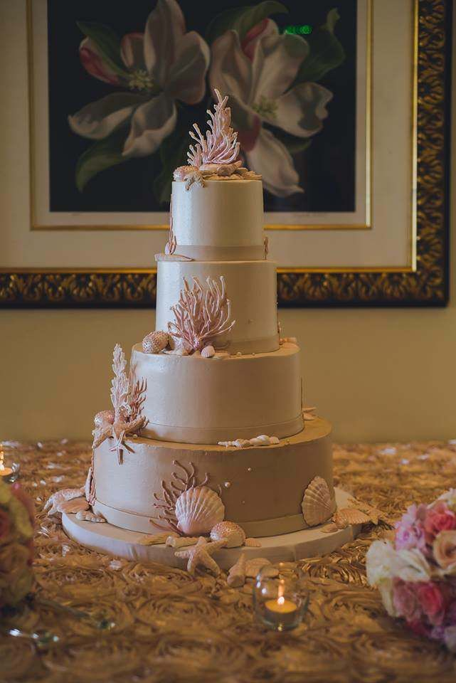 wedding cakes in lagunbeach ca%0A Florida beach inspired wedding cake