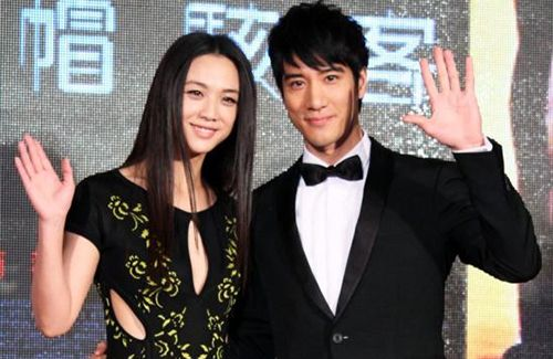 Wang Leehom congratulates Tang Wei, who welcomed a daughter last Friday.