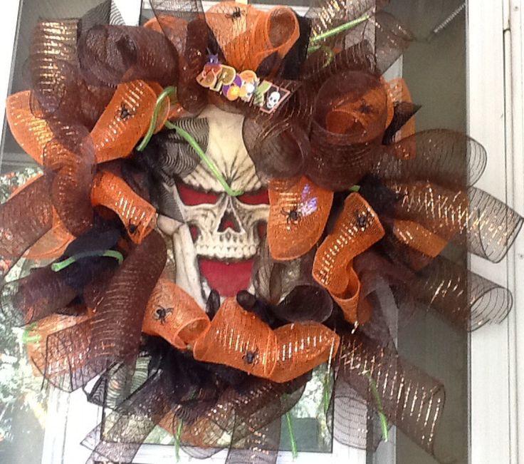 Spooky Halloween wreath!!