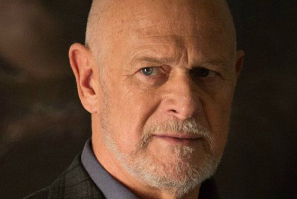 Gerald McRaney Beats John Lithgow In 'This Is Us' Emmy Upset
