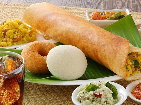 Hooked on to#idly /vada /masala dosa? Murugan Idli sipBorn out of passion for food they are the exclusive place to relish authentic South Indian tiffin cuisines. The taste of South India embodied with extremely rich nutrients served here is the real delight not only for the foodies but also for everyone. Experience the authenticity of South India in every dish.  #foodstagram#foodfacts#wherechennaieats#chennaifoodguide#brunch#chennai#tamilnadu…