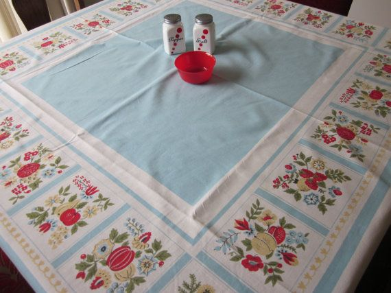 vintage tablecloth: Kitchens Tablecloths, Vintage Kitchens, Colors Combinations, Vintage Tablecloths Lov, Tablecloths Cherries, Vintage Linens, Vintage Tablecloths Perfect, Cherries Strawberries, Colors Again 3