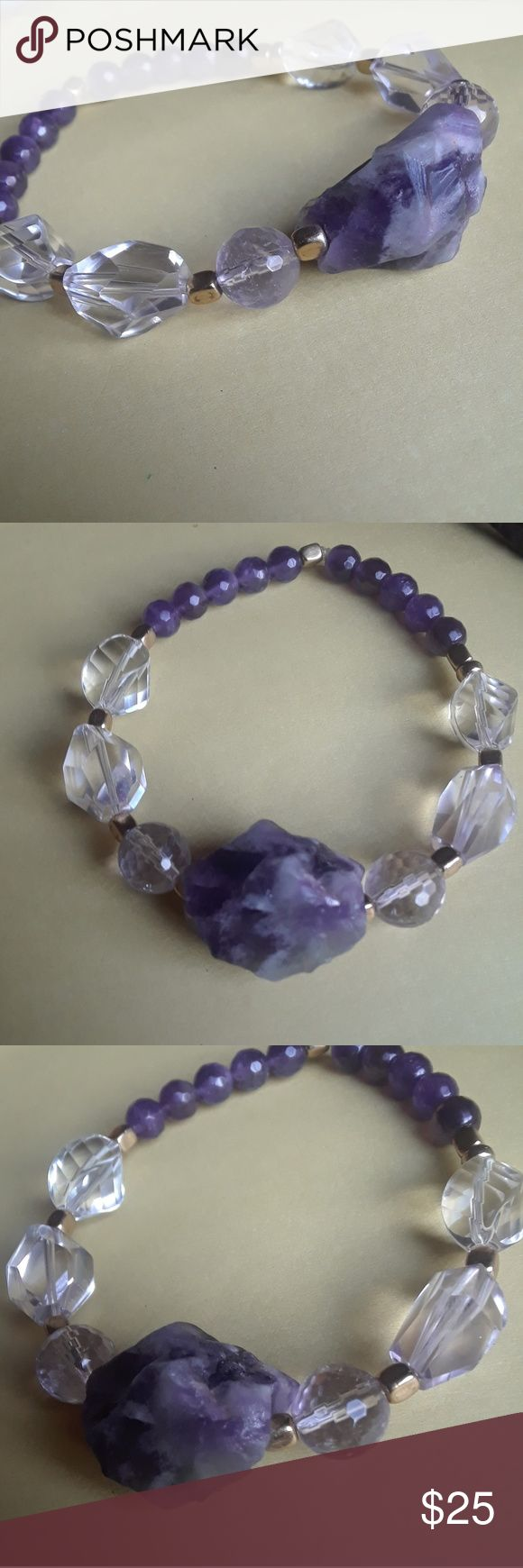 Third eye energy bracelet Amethyst Healing Properties  ♥ Increases nobility ♥ Spiritual awareness ♥ Psychic abilities ♥ Inner peace and healing ♥ Healing of body, mind & soul ♥ Positive transformation ♥ Meditation ♥ Balance ♥ Relieves stress ♥ Communication  Clear Quartz Healing Properties ♥ Harmony ♥ Energy ♥ Healing ♥ Psychic abilities ♥ Clarity ♥ Calmness Jewelry Bracelets