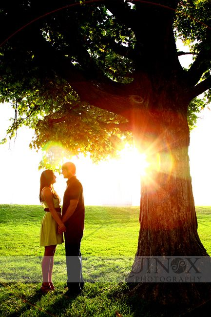 awwww I want my engagement photos under a huge tree