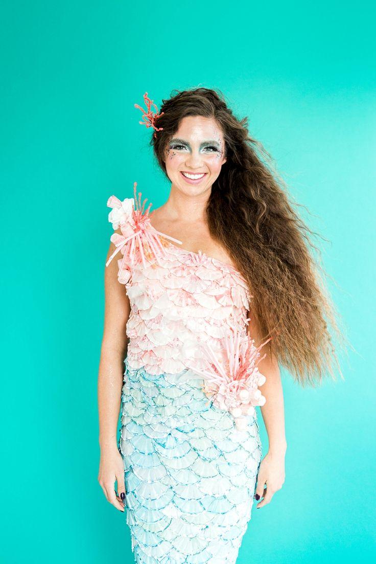 Selbst gebasteltes Meerjungfrau Kleid aus Papierförmchen