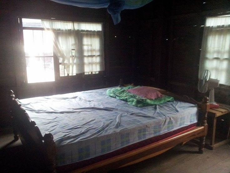 banteay chhmar homestay , the homestay in banteay chhmar village , tour from siem reap banteay chhmar temple , we set package ( transports / car driver / foods / Homestay and working with cambodia local life with farmmer http://www.angkorbestdriver.com http://www.siemreaptuktuk.com http://www.siemreaptaxidriverservice.com