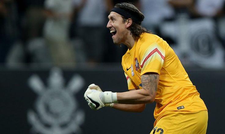 Cássio está na mira do São Paulo e aguarda por uma proposta oficial para definir sua situação junto ao Corinthians e trocar de clube em 2017.