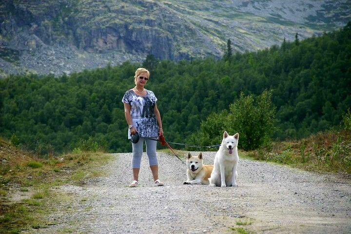 2011 Happy in Norway with Akuma and Miyuki