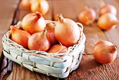 Onion Juice For Hair Growth: 6 Amazing Worked Ways | Herbal Medicine