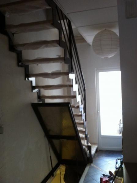 les 88 meilleures images du tableau trappe de cave sur pinterest escaliers grotte et id es. Black Bedroom Furniture Sets. Home Design Ideas