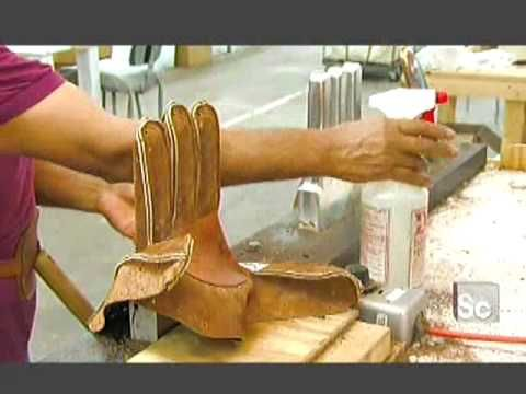How Are Baseball Gloves Made? pretty cool