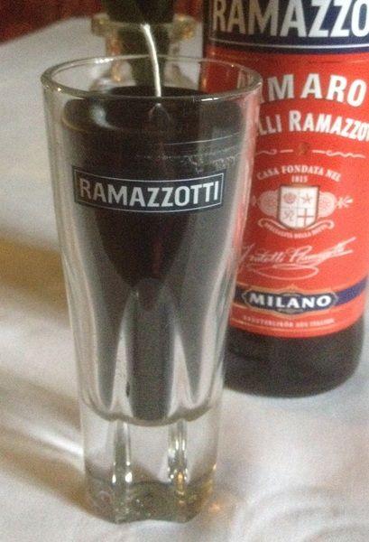 Schwarze Kerze im Original Ramazzotti Glas von Taunus-Bottles auf DaWanda.com