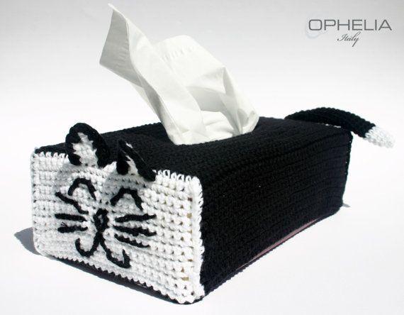 Cat Tissue Box Cover by UnaFormaDArteCrochet on Etsy