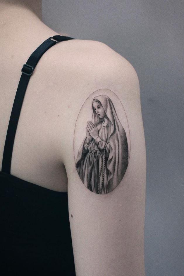 100+ Insanely Crazy Black & Gray Tattoos That Are Truly Inspiring - TheTatt | Black and grey tattoos for men, Tattoos, Best sleeve tattoos