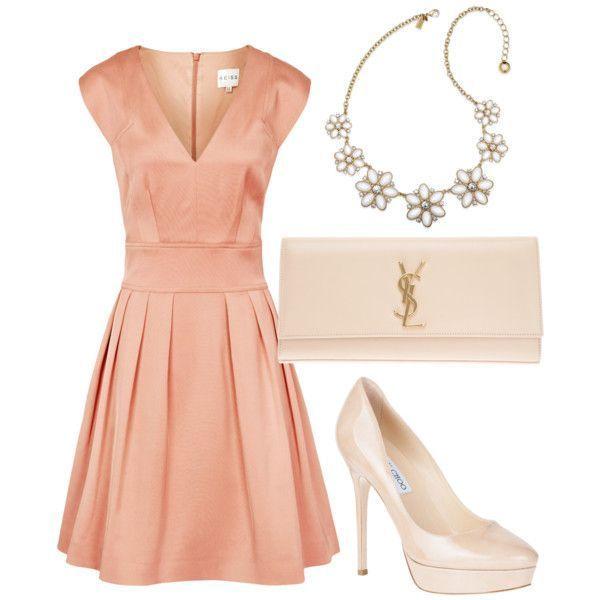 お呼ばれドレスは最高に可愛いものを♡きゅんとするパーティードレスをあつめました♡にて紹介している画像