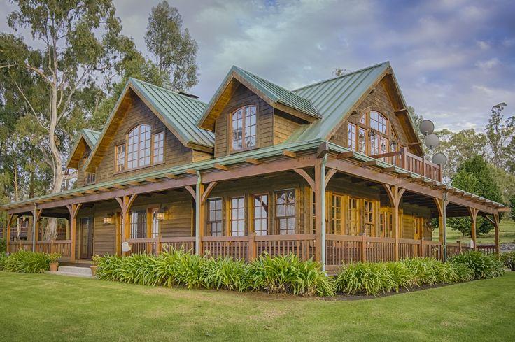 Waikiki Ranch timber home in Kamuela, Hawaii