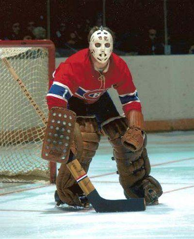 Denis DeJordy, Comptait déjà près de 300 matchs d'expérience dans la LNH avec les Blackhawks et les Kings, DeJordy a disputé sept parties avec le Tricolore en 1971-1972, au cours desquelles il a cumulé une fiche de 3-2-1 et a amassé une aide. Les Canadiens ont vendu ses droits aux Islanders de New York le 6 juin 1972. Il a terminé sa carrière dans la LNH avec les Red Wings de Détroit en 1973-1974.