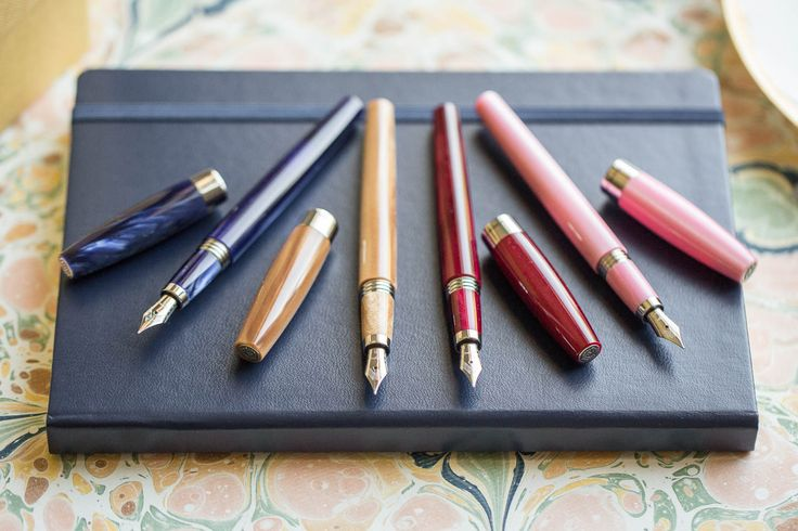 Handmade in Italy, the Montegrappa Felicita fountain pen features a slender design & striking pearlized resin body. Check it out!