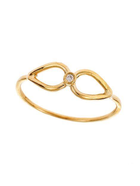 Δαχτυλίδι Χειροποίητο Χρυσό 14Κ με Ζιργκόν Αναφορά 020027 Δαχτυλίδι χειροποίητο από Χρυσό 14Κ σε κίτρινο χρώμα στο οποίο η επεξεργασία του είναι ματ. Το δαχτυλίδι είναι στολισμένο με ημιπολύτιμες πέτρες (ζιργκόν) σε λευκό χρώμα.