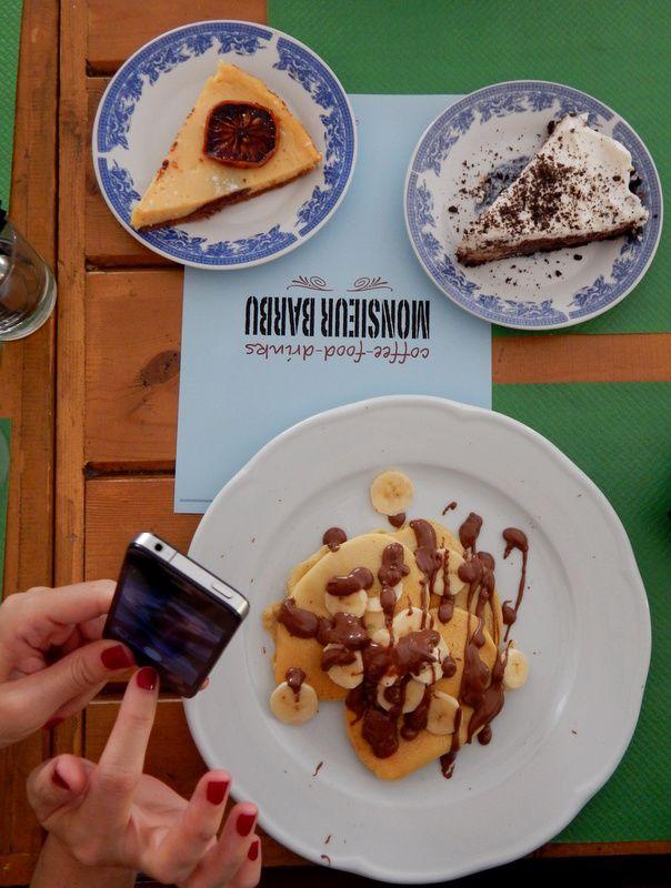 sweet buffet. Food bloggers!!
