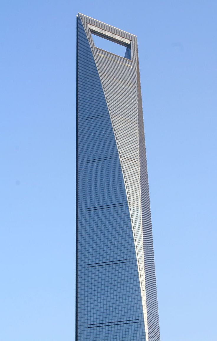 The Shanghai World Financial Center with a big blue cloudless sky... Impressive, isn't it? [Copyright: Ferox Seneca]