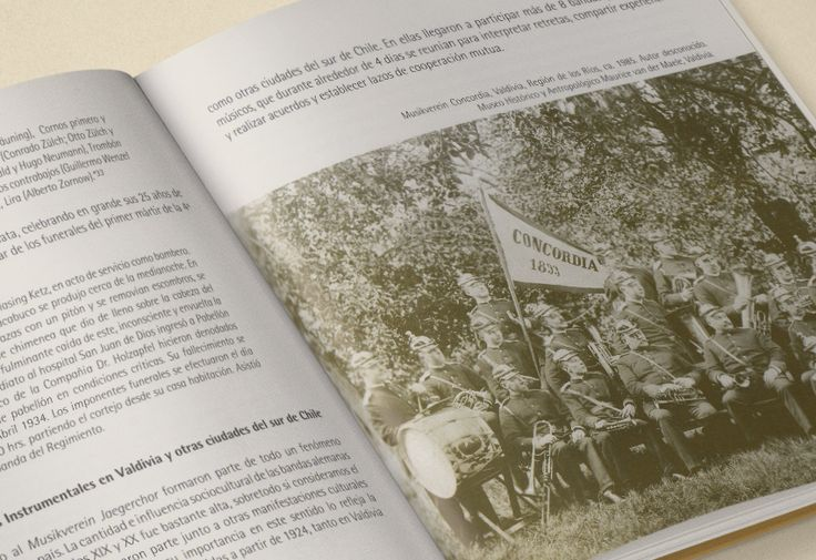 LIBRO HISTORIA DE LAS BANDAS VALDIVIANAS 1850 | 1950 Editorial Arte Sonoro Austral, 2008.