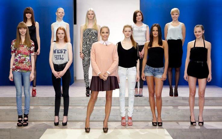 Baroness Caroline Fleming in Rützou sweater | Danmarks næste top model 2010