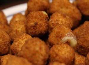 Superbowl Cheeseballs