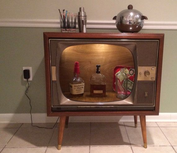 Up-cycled Vintage Zenith Super H-20 Console by MidIslandMiscellany