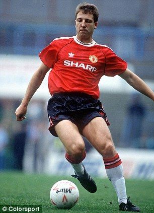 Lee Martin in action for Manchester United