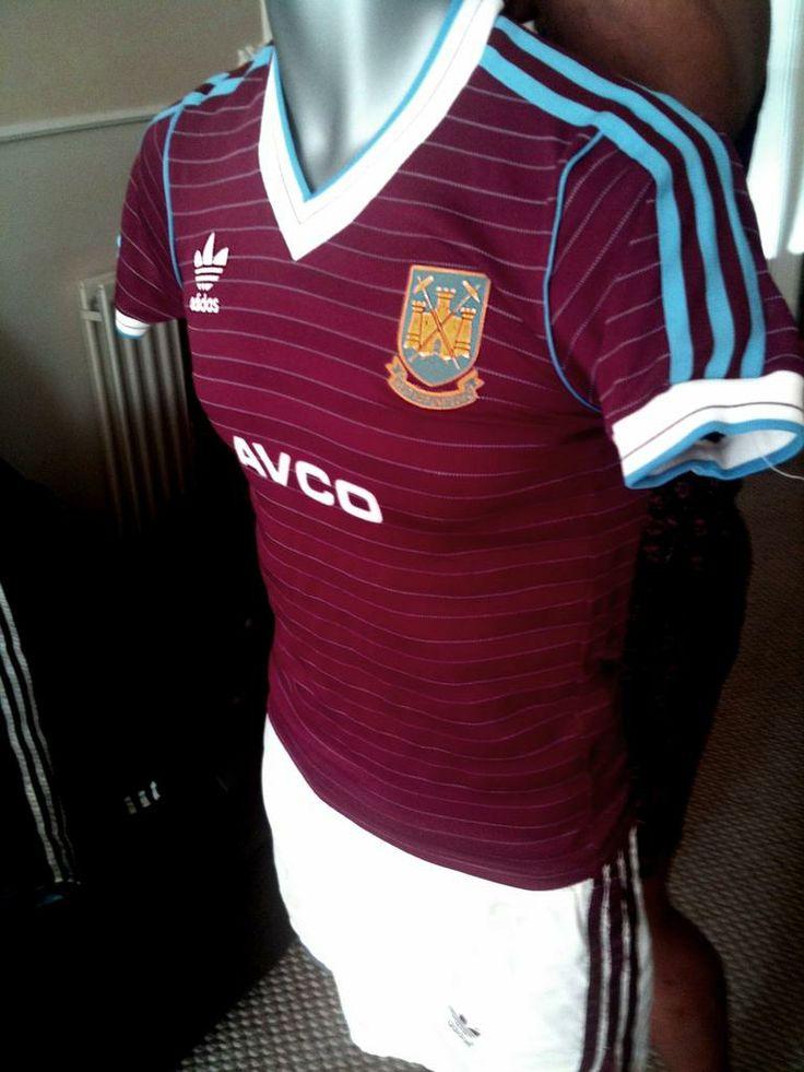 west-ham-united-home-football-shirt-1985-1987-s_6792_1.jpg (768×1024)