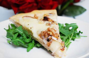 Baked Brie Pizza