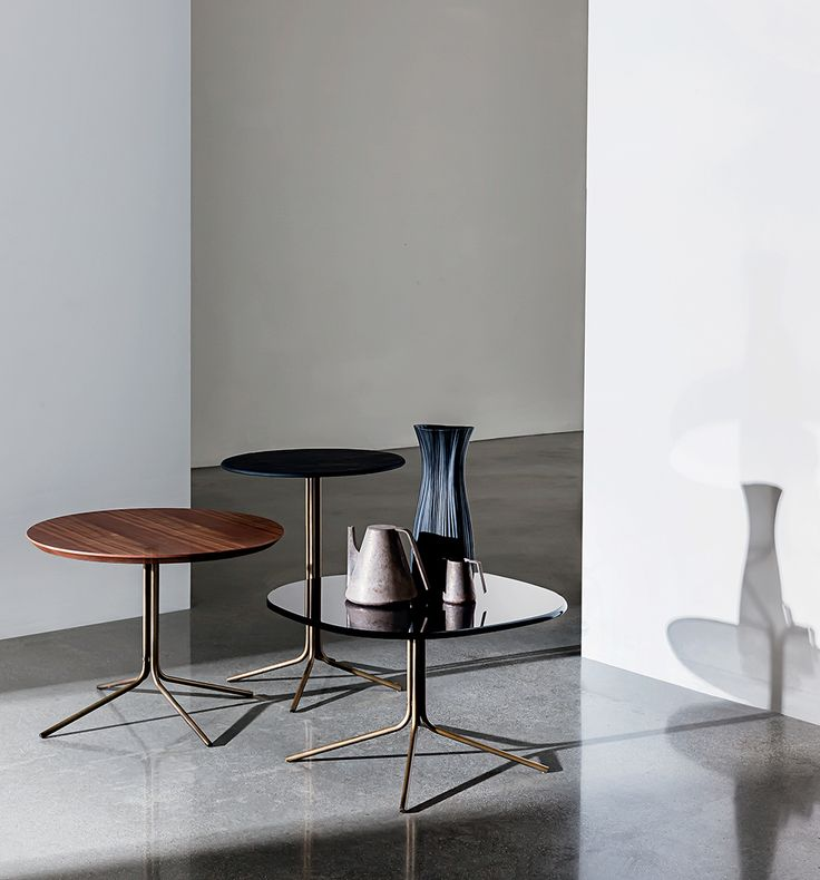 Make beautifull your living interiors with Genius coffee tables This original and versatile series of coffee tables is available in different shapes, sizes, materials for the top and in different finishes for the metal base. Ideal as lamp/coffee table, it perfectly matches with any kind of seat, thanks to its lively personality. #Sovetitalia #design #inspiration #furniture #living #interior #home #decor #archilovers #designlovers