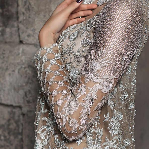 The beauty of Intricate embroideries by #Mina Hasan. Shop the designer at O'nitaa
