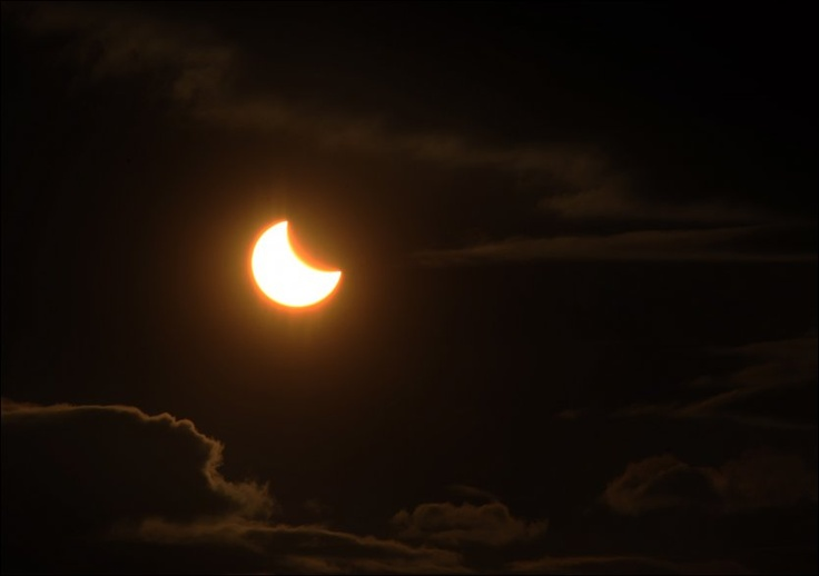 Solformørkelse om natten|vg.no