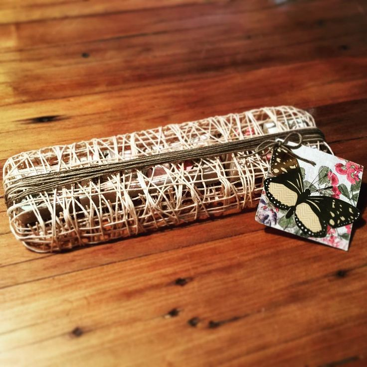 (SOLD) Egyptian cotton web case with 6 individually wrapped handmade soaps. #handmade #soap #Its_Coco_Time #beanaretto