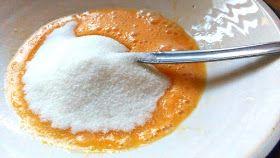 Las rosquillas son un dulce típico español de Semana Santa cuyo origen se remonta al antiguo imperio romano, época en la que la rece...