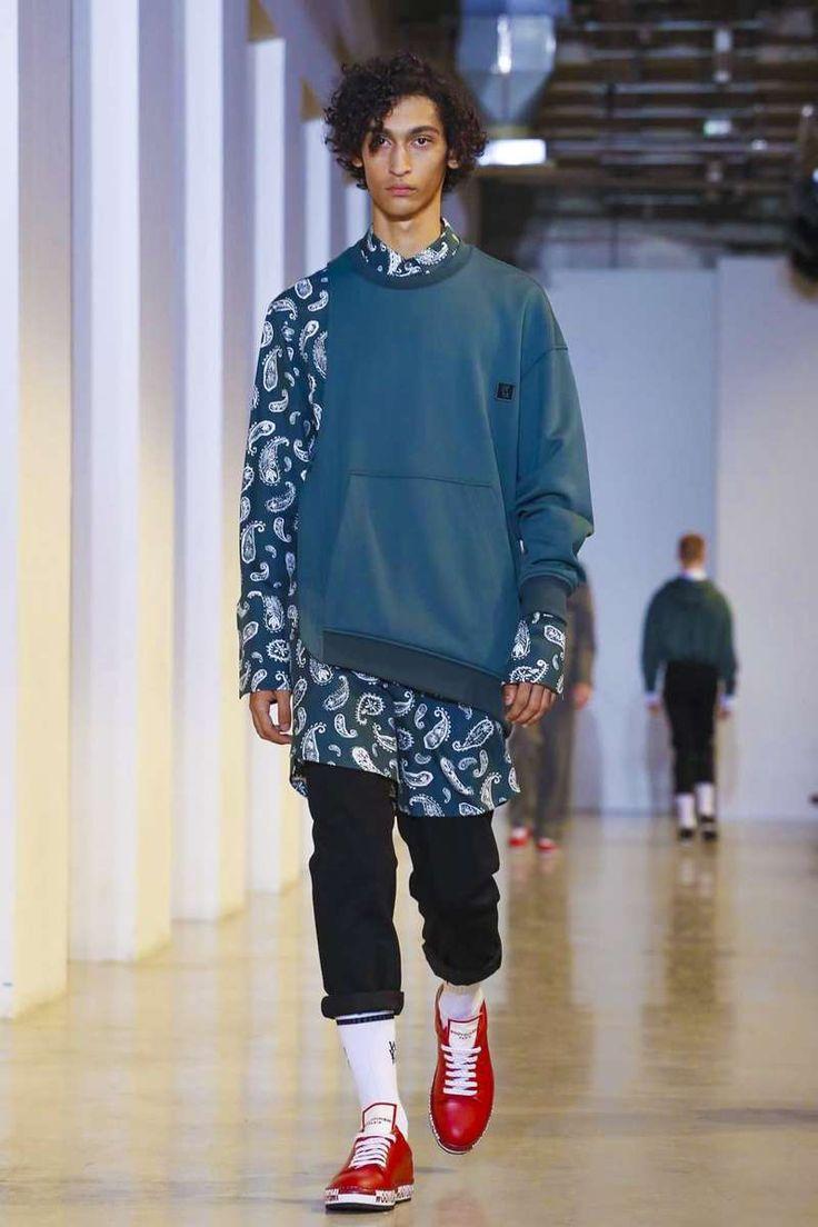 Wooyoungmi Spring-Summer 2018 | Paris Fashion Week