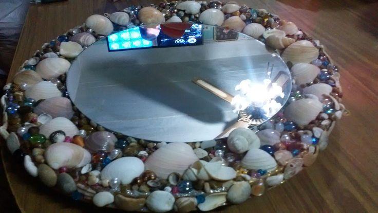 Espejo con caracoles y perlas!!