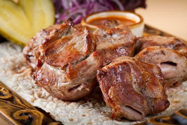 8 видов маринада для шашлыка: армянский, с кефиром, с минералкой, классический...