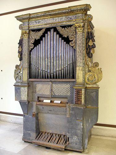 Milano - Castelo Sforzesco - Museo degli Strumenti Musicali   #TuscanyAgriturismoGiratola
